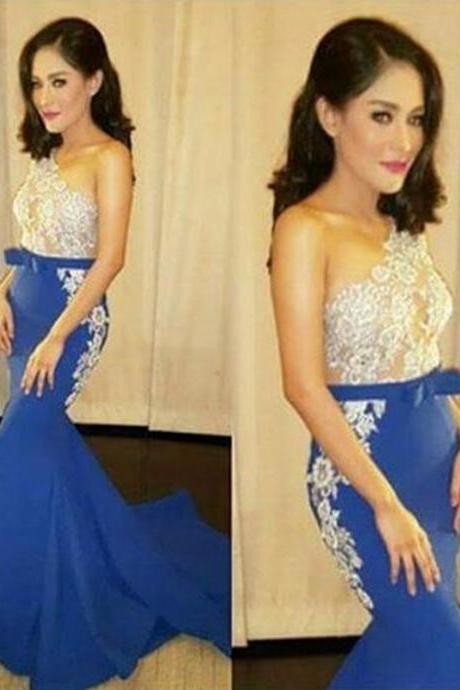 Sexy Hot Selling Sleeveless One Shoulder Lace Prom Dresses Mermaid Prom Dresses Sweep Train Satin Floor Length