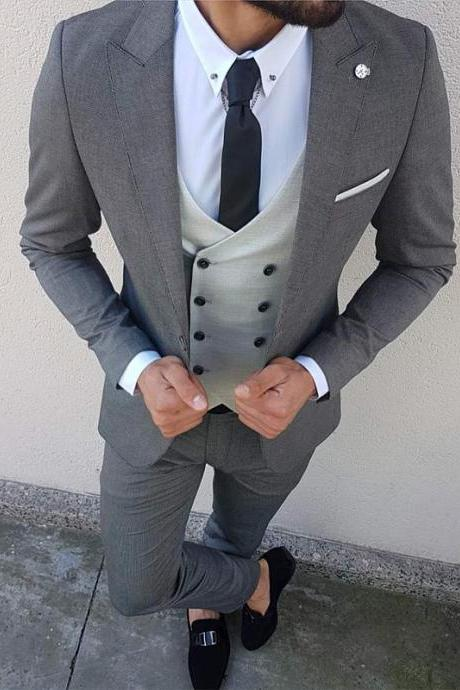Three Piece Wedding Men Suits for Groomsmen Tuxedos Peaked Lapel Blazer Gray Jacket Pants Vest Tailor Made Male Suit