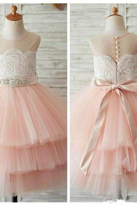 2019 Sheer Ball Gown Tulle Flower Girls Dresses Tiered Lace Appliques Formal Kids Birthday Party Gowns Crystal Beaded Ribbon Communion Gowns