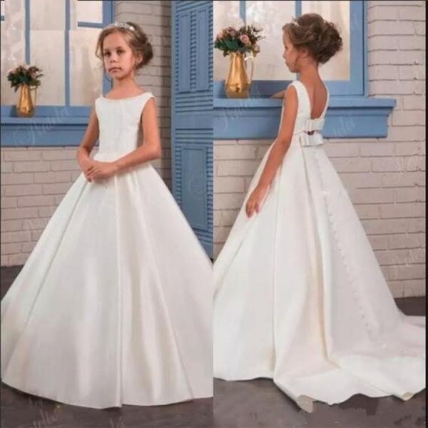 Satin Princess Dress Flower Girl Dress with Bow Buttons Train Backless Kids Formal Wear Girls Birthday Party Dress Pageant Gown